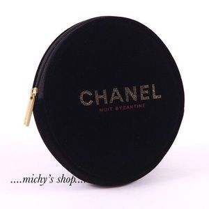 Chanel Nuti Small Makeup Cosmetic bag VIP gift